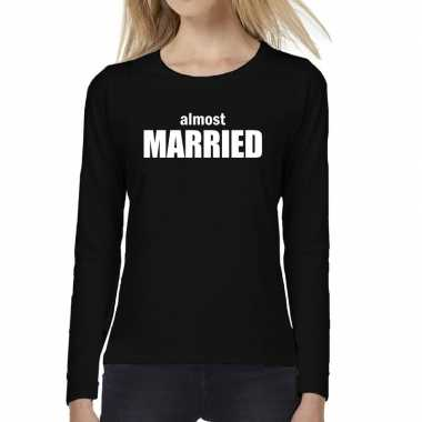 Almost married vrijgezellen feest tekst t shirt long sleeve zwa