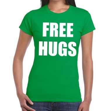 Free hugs tekst t shirt groen dames