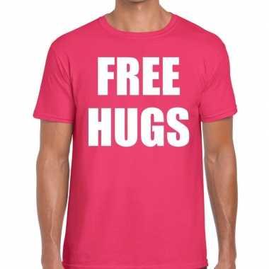 Free hugs tekst t shirt roze heren