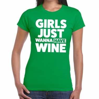 Girls just wanna have wine tekst t shirt groen dames