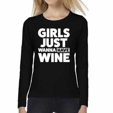 Girls just wanna have wine tekst t shirt long sleeve zwart