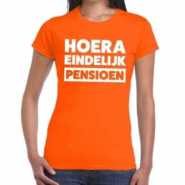 Hoera eindelijk pensioen t shirt oranje dames