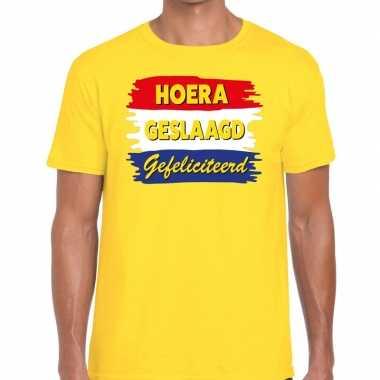 Hoera geslaagd gefeliciteerd t shirt geel heren