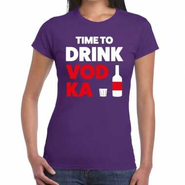 Time to drink vodka tekst t shirt paars dames