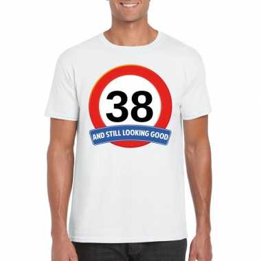 Verkeersbord 38 jaar t shirt wit heren
