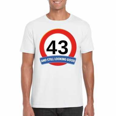 Verkeersbord 43 jaar t shirt wit heren