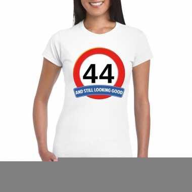 Verkeersbord 44 jaar t shirt wit dames