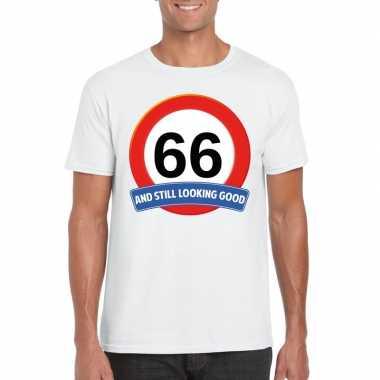 Verkeersbord 66 jaar t shirt wit heren