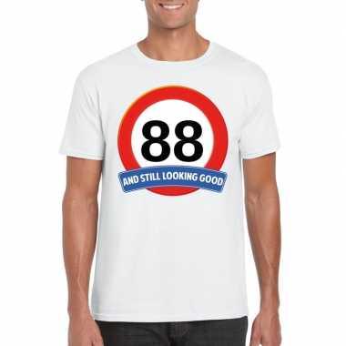 Verkeersbord 88 jaar t shirt wit heren