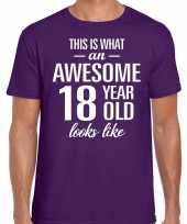 Awesome 18 year 18 jaar cadeau t-shirt paars heren