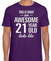 Awesome 21 year 21 jaar cadeau t-shirt paars heren