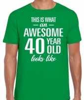 Awesome 40 year 40 jaar cadeau t-shirt groen heren