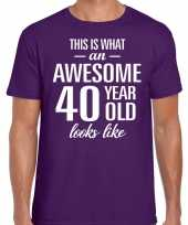 Awesome 40 year 40 jaar cadeau t-shirt paars heren