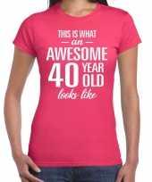 Awesome 40 year 40 jaar cadeau t-shirt roze dames