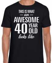 Awesome 40 year 40 jaar cadeau t-shirt zwart heren