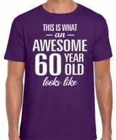Awesome 60 year 60 jaar cadeau t-shirt paars heren