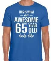 Awesome 65 year 65 jaar cadeau t-shirt blauw heren