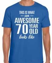 Awesome 70 year 70 jaar cadeau t-shirt blauw heren