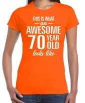 Awesome 70 year 70 jaar cadeau t-shirt oranje dames
