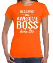 Awesome boss tekst t-shirt oranje dames