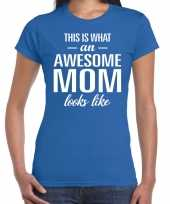 Awesome mom tekst t-shirt blauw dames