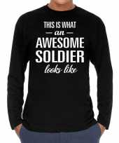 Awesome soldier soldaat cadeau t-shirt long sleeves zwart here