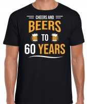 Cheers and beers 60 jaar verjaardag cadeau t-shirt zwart heren