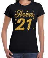 Hoera 21 jaar verjaardag cadeau t-shirt goud glitter zwart dames