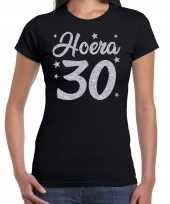 Hoera 30 jaar verjaardag jubileum cadeau t-shirt zilver glitter zwart dames